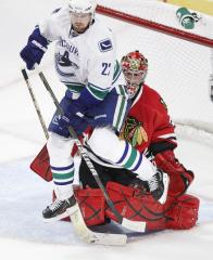 Vancouver's Sedin is No. 1 star