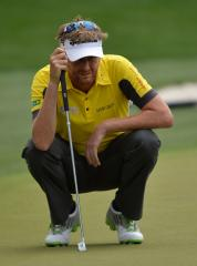 Lynn, Otto, Waring share lead at Portugal Open