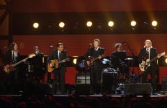 Eagles to perform in China