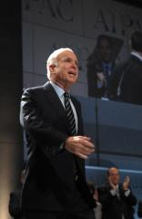 Report: UBS tie challenges McCain campaign