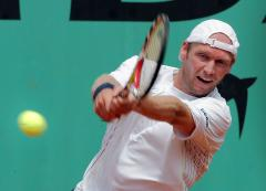 Calleri beaten, Seppi out at Austrian Open