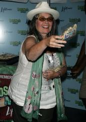 Roseanne Barr to guest star on 'Ninja Turtles' finale