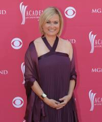 'Brady Bunch' star takes weight challenge