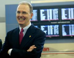 Exec says stimulus should help airlines