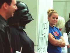 'Darth Vader' robs Ohio bank