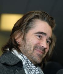Jordan directing Farrell in 'Ondine'