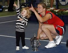 Clijsters moves to No. 3 in tennis ranking