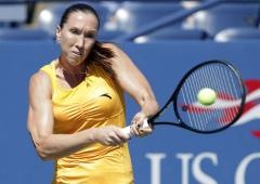 Jankovic back in WTA Top 10; Serena builds huge lead for No. 1