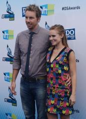 Kristen Bell and Dax Shepherd marry in Beverly Hills