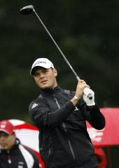 Kaymer takes 1-stroke lead at Abu Dhabi