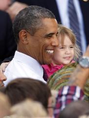 Obama uses bridge to urge jobs bill action