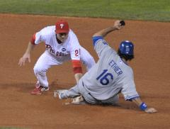 Report: Dodgers re-sign Ethier, Broxton