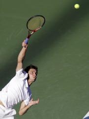 Simon, Zverev to clash for Metz crown