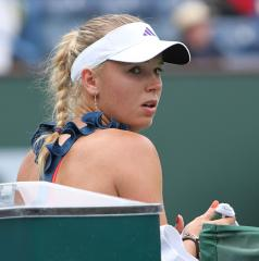 Wozniacki back in WTA Top 10