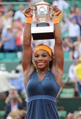 Serena Williams, Djokovic take ITF year-end honors