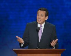 Pawlenty: Romney's business acumen needed