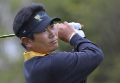 Yang wins China Open by two strokes