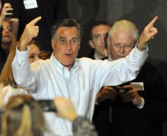 Romney clarifies auto bailout opposition