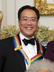 Yo-Yo Ma meets Chicago wombat
