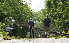 Heat persists as D.C. cleans up after storm