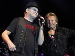 Monkees cut concert tour short