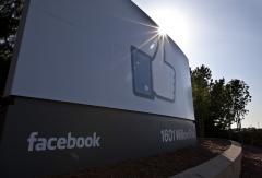 FTC OKs Facebook-WhatsApp deal, warns both to honor privacy promises