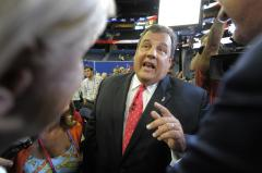 Christie predicts big Romney win in debate