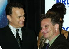 'Bosom Buddies' stars Hanks and Scolari reunite on Broadway