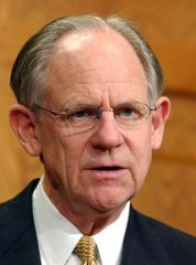 GOP Rep. Castle to seek Biden's old seat