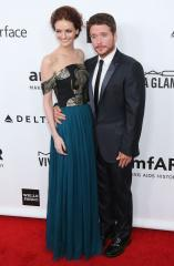 Kevin Connolly splits from Lydia Hearst