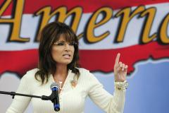 Sarah Palin headed back to Fox News