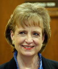 Judge mulls U.S. attorneys case decision