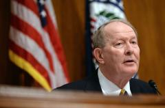 Sen. Alexander beats off primary challenge in Tennessee
