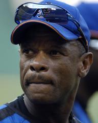 Athletics to retire Henderson's number
