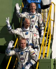 Astronauts lift off for the ISS