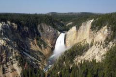 Young girl dies in 500-foot fall from Yellowstone Park trail