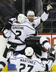 NHL: Los Angeles 2, New Jersey 1 (OT)