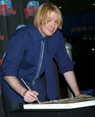Singer Clay Aiken to be a father