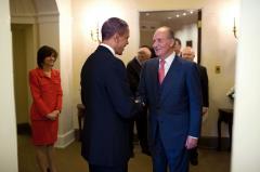 Spanish King Juan Carlos announces abdication