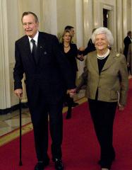 Barbara Bush responding well to treatment for pneumonia in Houston