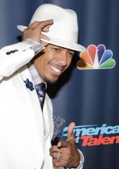 Nick Cannon tweets 'I'M RACIST!' following 'whiteface' controversy