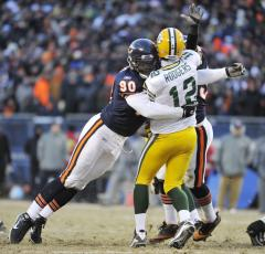 Bears' Peppers fined for hit on Rodgers