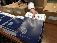 Obama to unveil his budget blueprint for fiscal year 2015