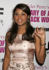 Toni Braxton voted off of 'Dancing'