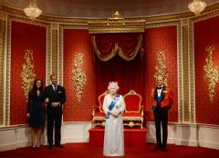 Jubilee version of queen at Madame Tussauds