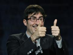 John Oliver leaves 'Daily Show' to host weekly HBO series