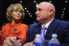 Gabrielle Giffords receives JFK Profile in Courage Award