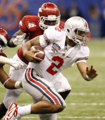 Terrelle Pryor signs with Raiders
