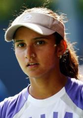 Police arrest tennis star admirer