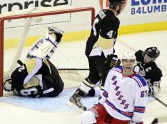 New York Rangers beat Penguins 3-2